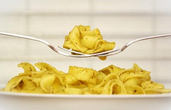 סטודנטים מבשלים: רטבים מהירים וקלים לפסטה