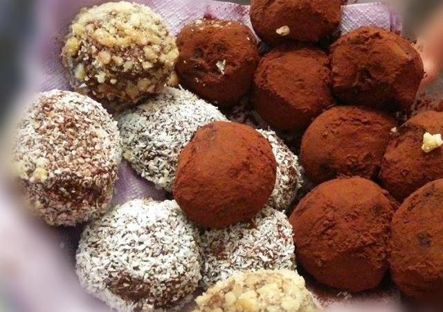 טראפלס | כדורי שוקולד ללא ביסקוויטים