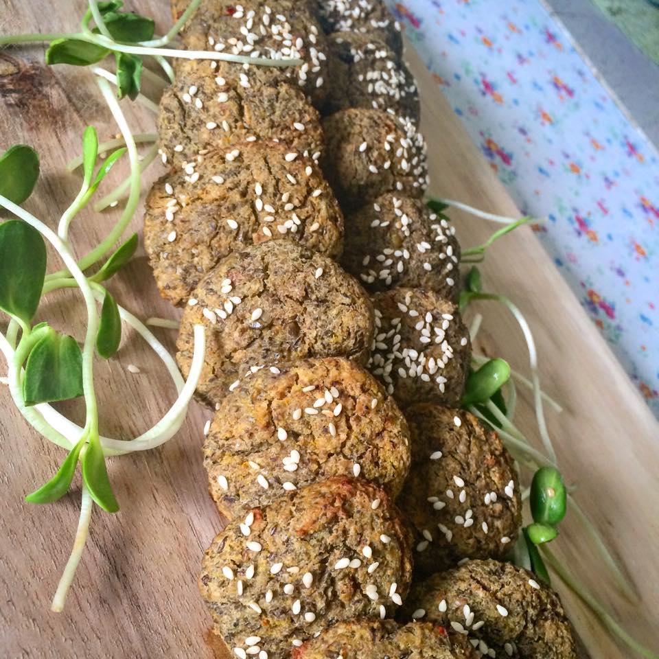 קציצות עדשים שחורות בתנור