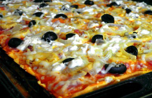 מתכון: בצק לפיצה דקה / עבה • בצק פיצה אמיתי