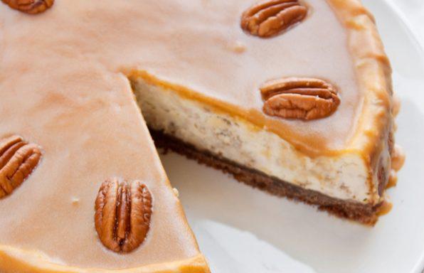 עוגת לוטוס: ללא אפייה, עם גבינה וגם בחושה