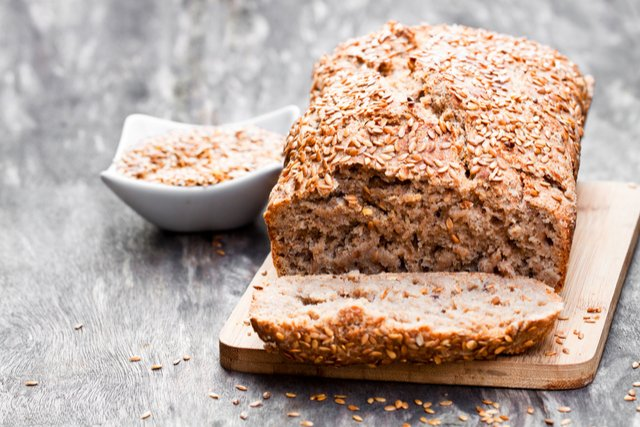 לחם יוגורט מקמח מלא
