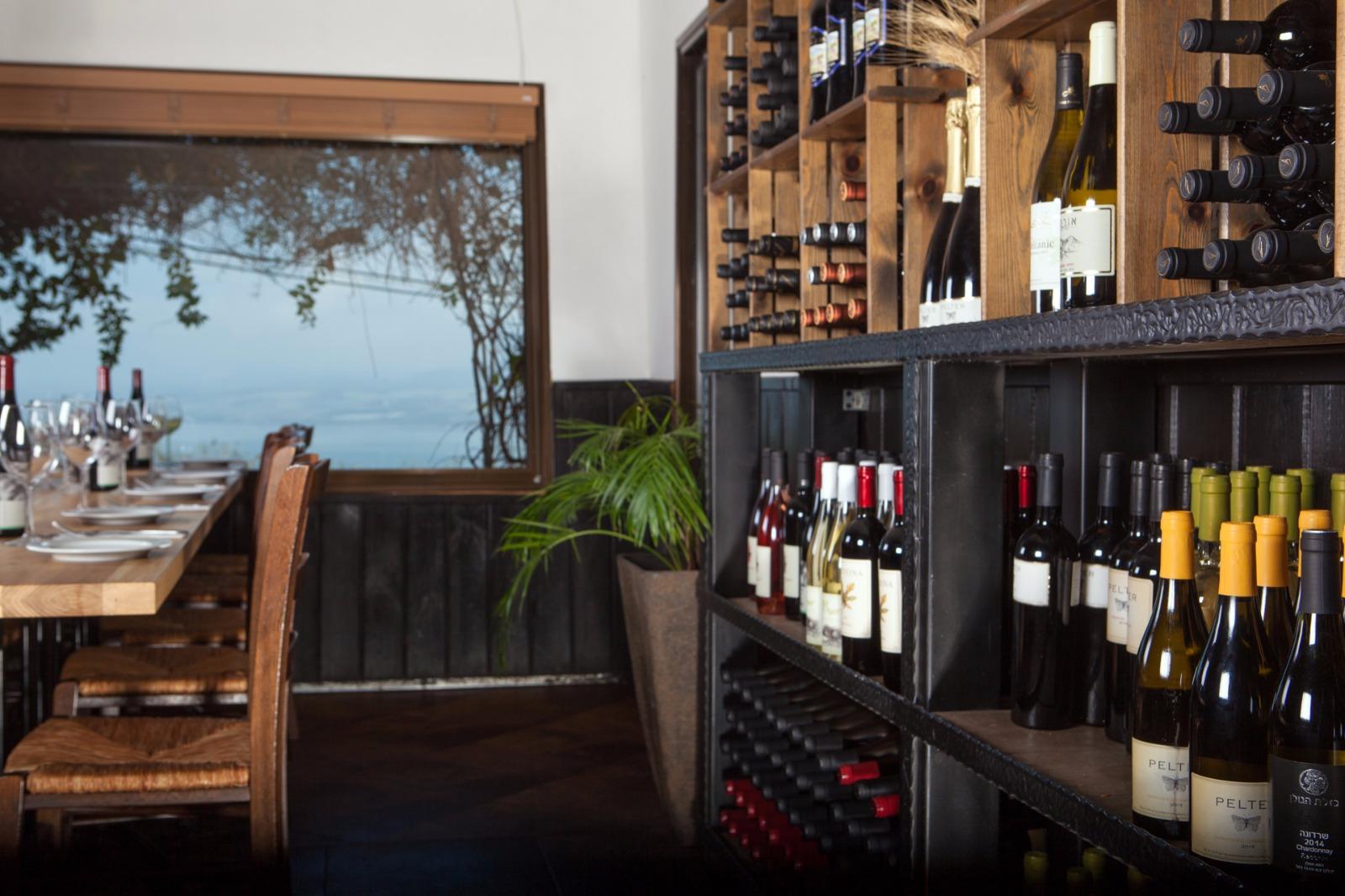 היין מעולה, הנוף מדהים - מסעדת מושבוצ