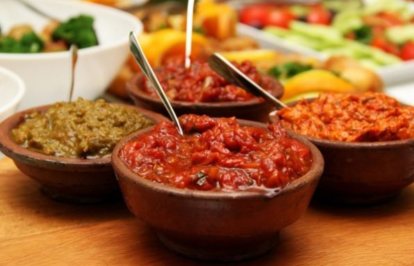 7 מתכונים לממרחים טבעוניים שניתן להכין בכל בית