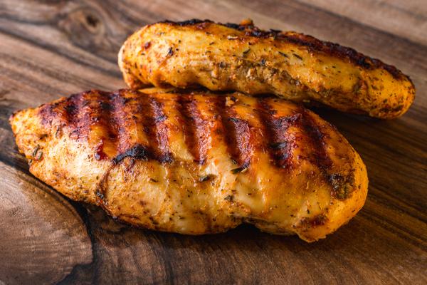 חזה עוף מלא בחלבון | תמונה: shutterstock