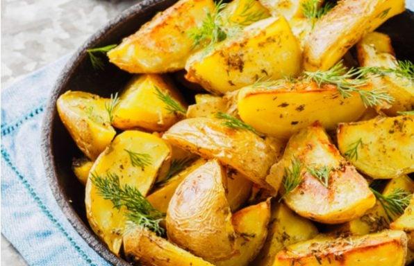 תפוח אדמה • בתנור, מוקרם וגם לביבות משגעות
