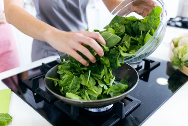 בישול עם מנגולד | תמונה: shutterstock