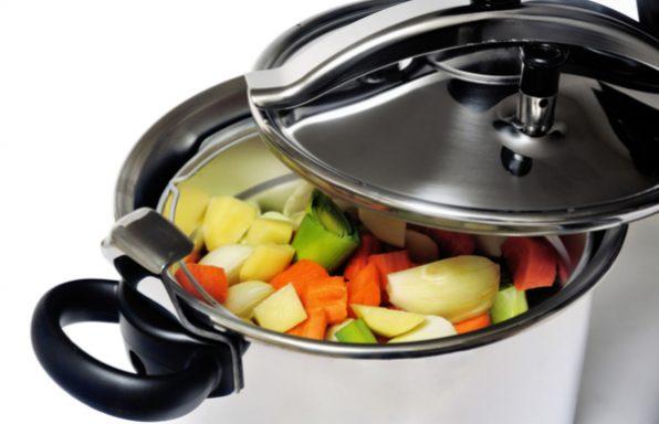 סיר לחץ • 6 סימנים לכך שאתם חייבים להתחיל לבשל איתו, בלי לחץ