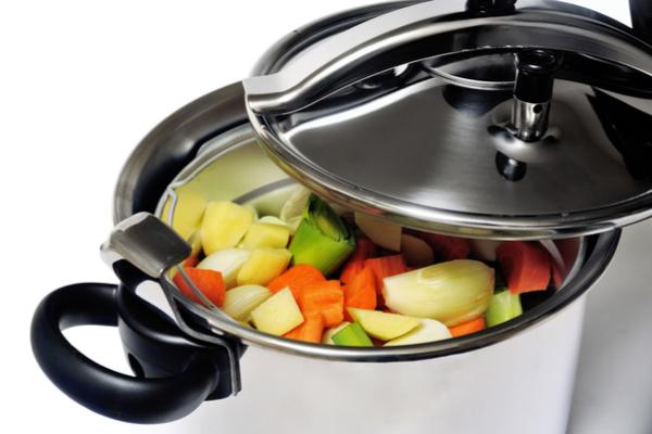 בישול בסיר לחץ | תמונה: shutterstock