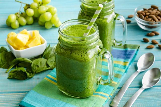 שייק ירוק לחילוף חומרים בריא | תמונה: shutterstock