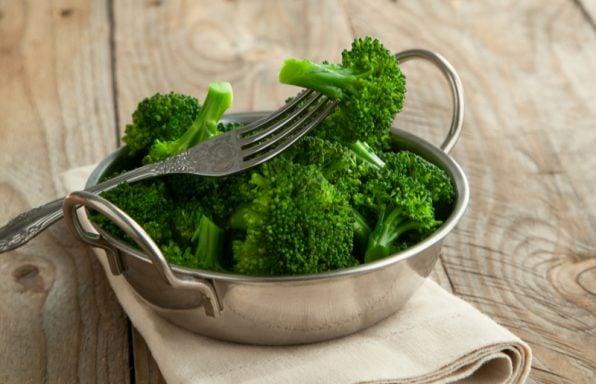 ברוקולי – ערכים תזונתיים, טיפים ומתכונים