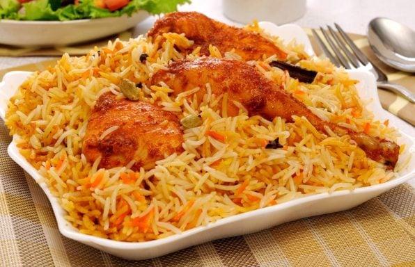 עוף עם אורז בתנור • ארוחה זריזה בתבנית אחת