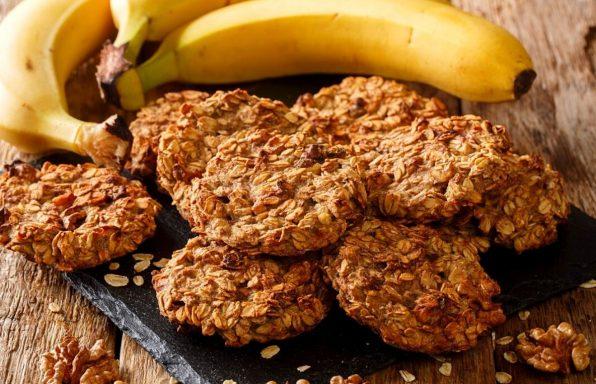 עוגיות בננה שיבולת שועל בריאות מ-3 מרכיבים בלבד