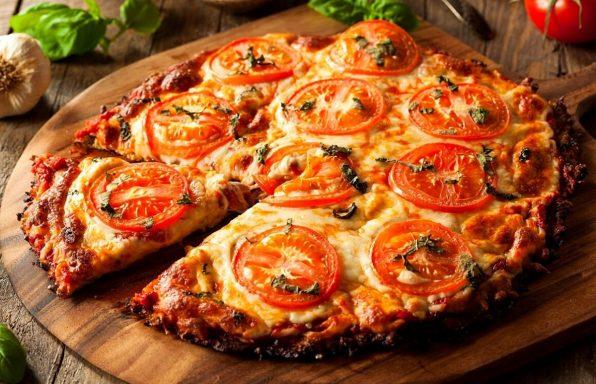מתכון: פיצה כרובית ללא גלוטן בהכנה מהירה